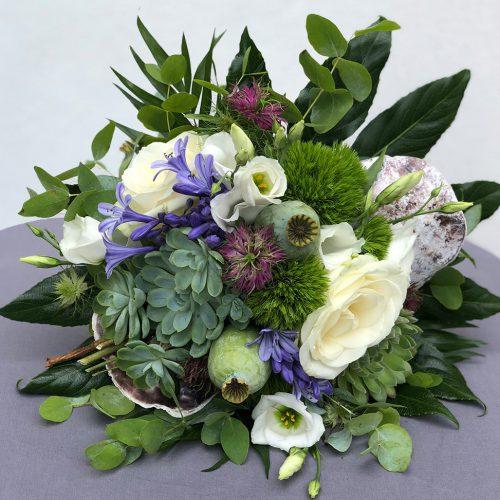 Blumenstrauß mit Senseverien