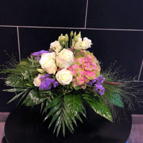 Blumenstrauß mit einer Hortensie für jede Gelegenheit
