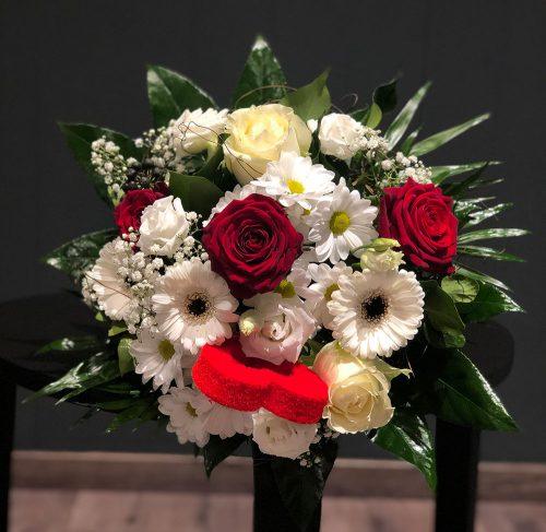 Blumenstrauß Herzensbrecher
