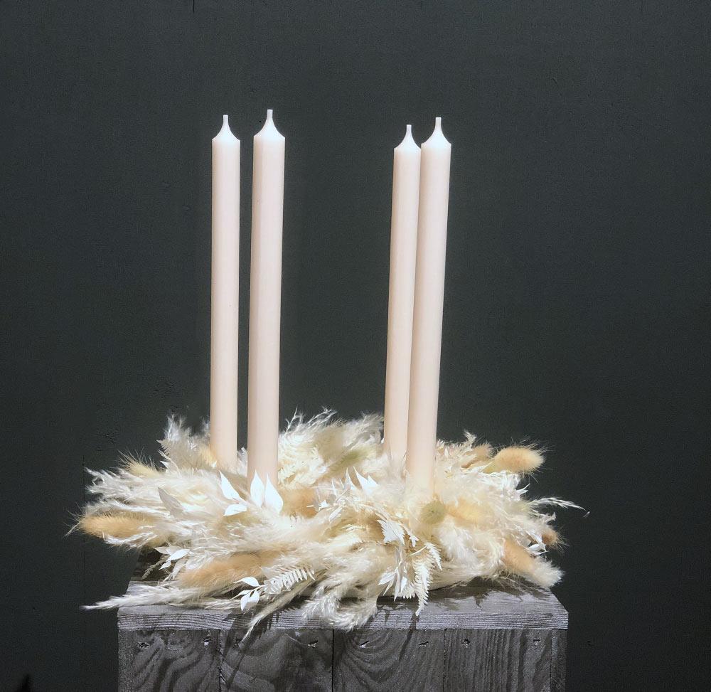 Trockenblumen Adventskranz mit Stabkerzen