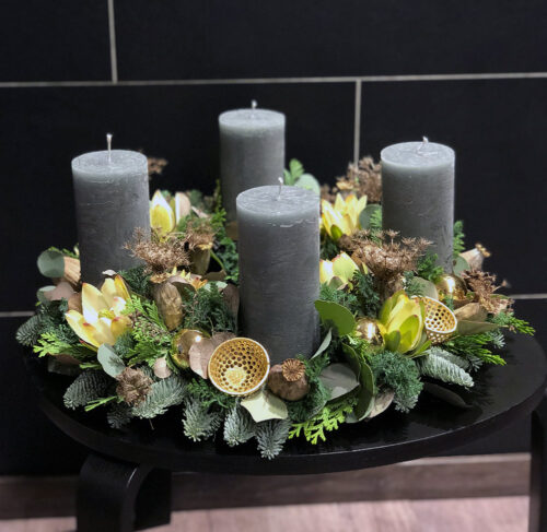 Frischer Adventskranz Green Hights