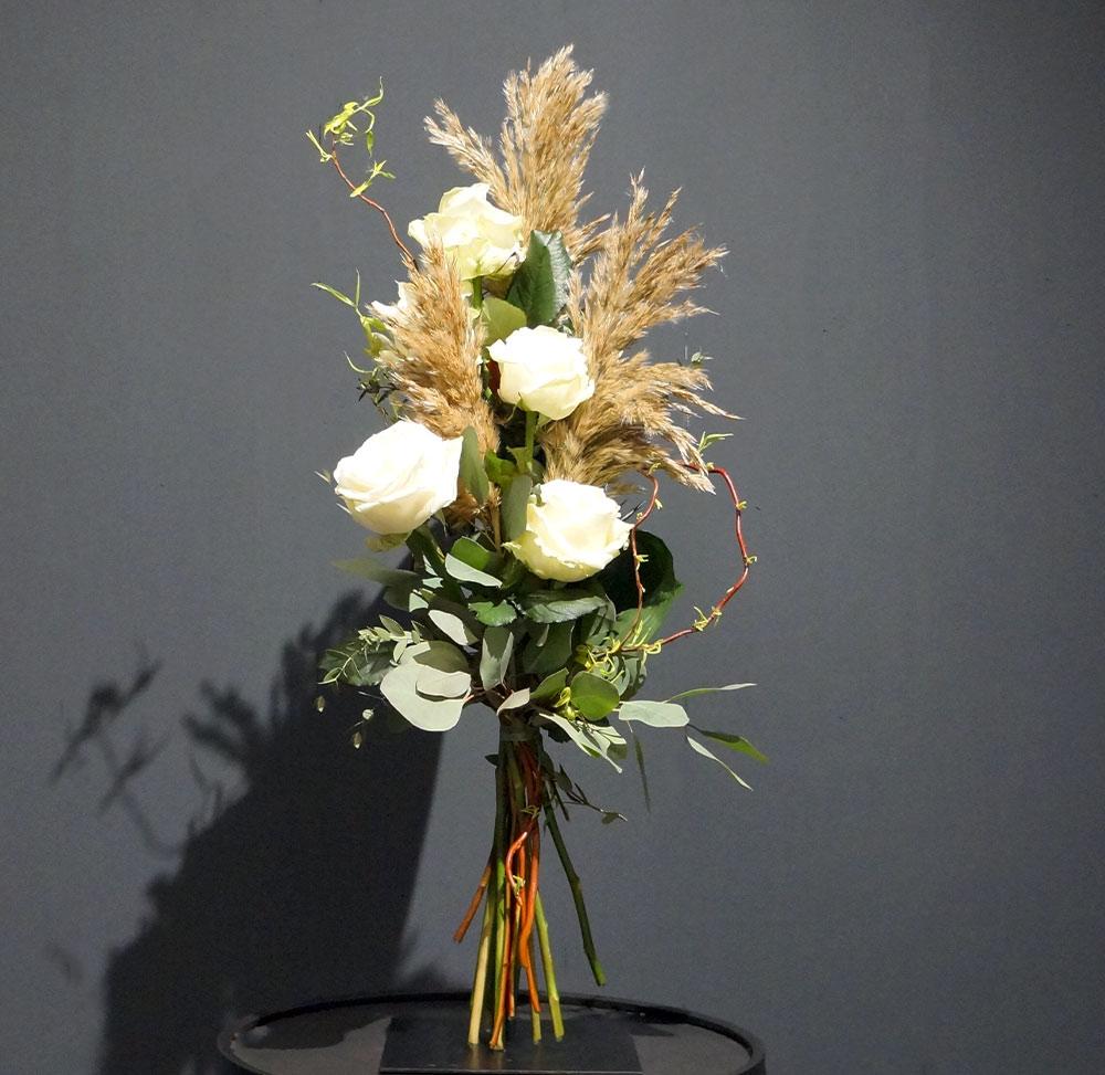 Rosen Liebesbeweis in weiß